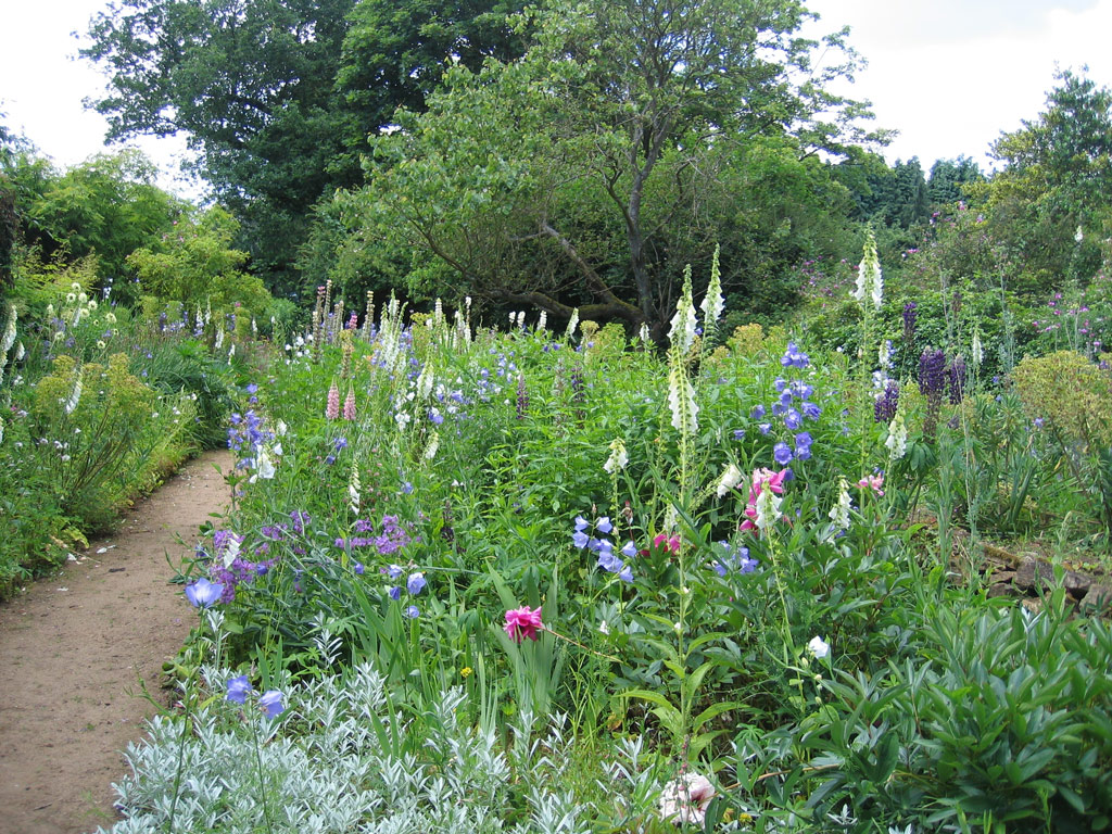 Gertrude Jeykll's beautiful garden at Munstead Wood