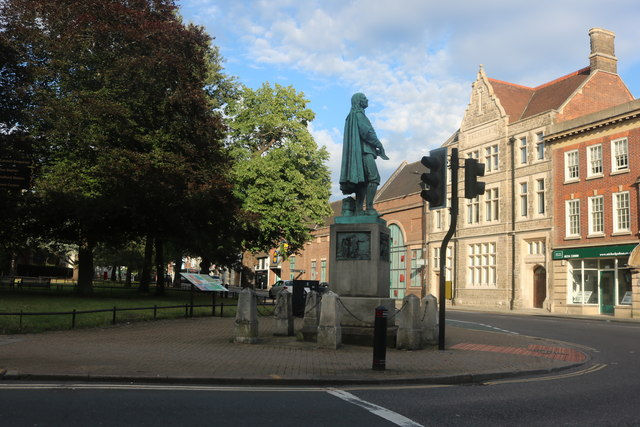 Statue of John Bunyan in Bedford